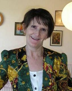 Dr Caroline Hall